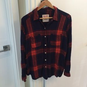 The softest plaid button down size large mossimo
